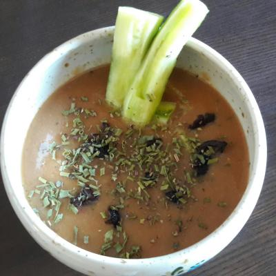 Gaspacho tomate aux olives